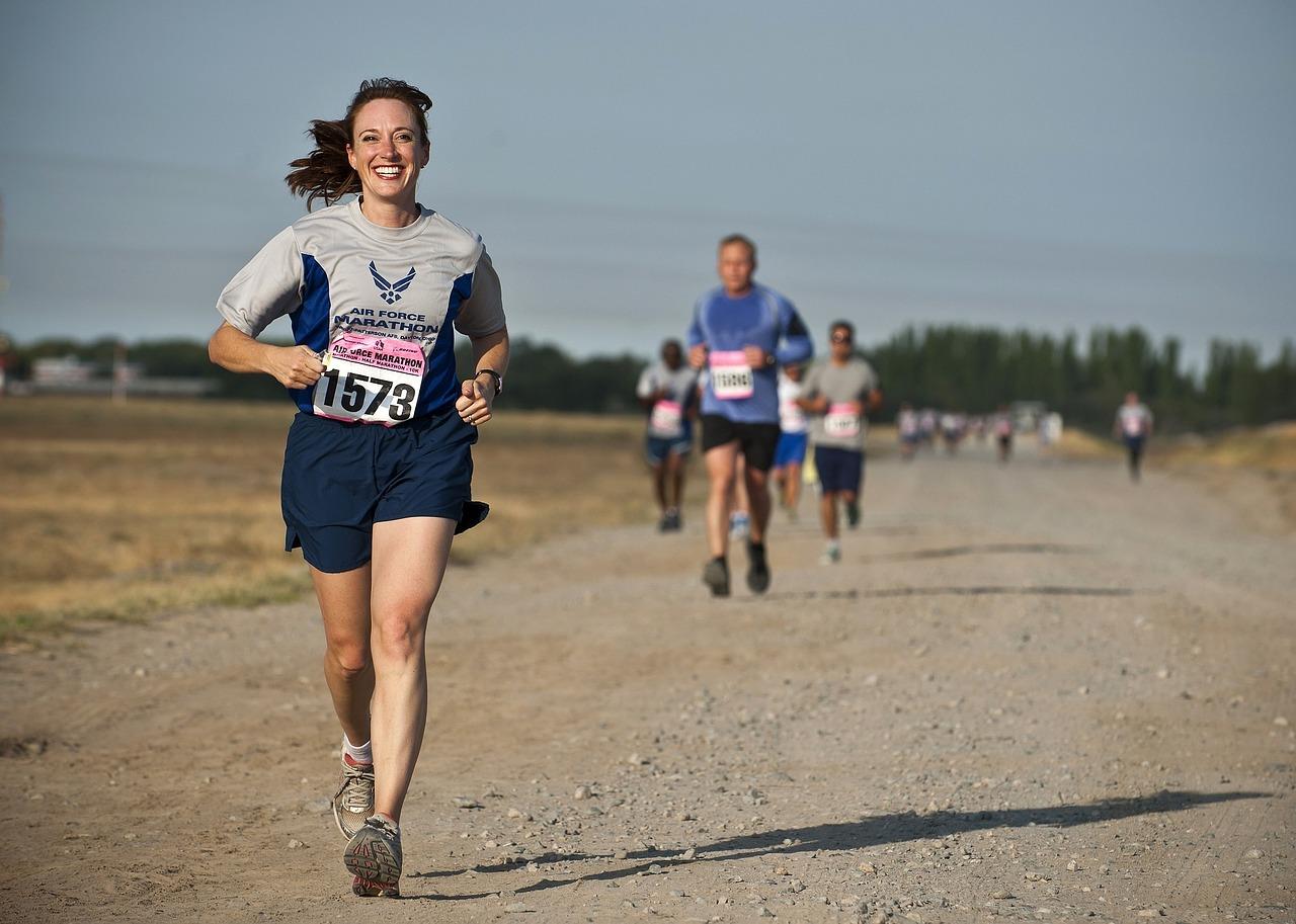 水卜麻美ことミトちゃんは24時間マラソンで痩せたのか、2019年画像比較!チャリTシャツはSSサイズ